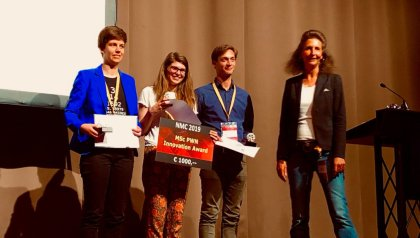Dutch Mathematical Congress 2019, Best Thesis in Applied Math Award: Tineke School & Third Price : Jasmijn Manders