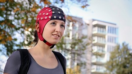 Measuring brain signals to keep moving